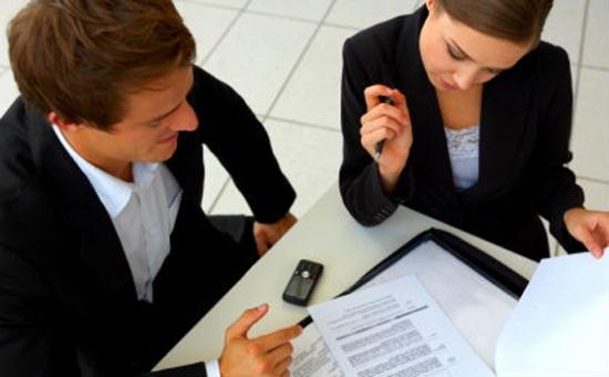 Có nên 'thú thật' với sếp bạn đang tìm việc mới?