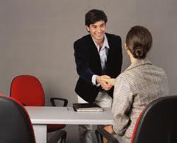 Năng lực hành vi ảnh hưởng thế nào đến quá trình xin việc?
