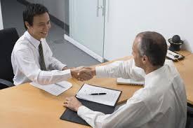 Ghi điểm với nhà tuyển dụng để được nhà tuyển dụng chú ý đến